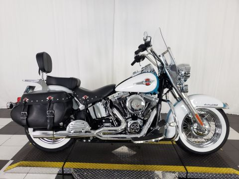 Pre-Owned 2017 Harley-Davidson Softail Heritage Classic FLSTC