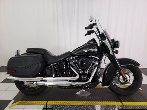 Pre-Owned 2019 Harley-Davidson Softail Heritage Classic 114 FLHCS